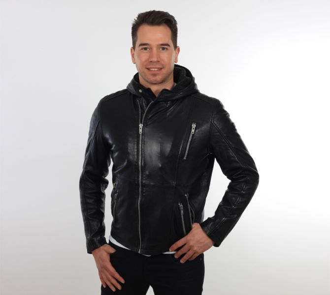 herren lederjacke bikerjacke mit kapuze schwarz ledorado laura zanello. Black Bedroom Furniture Sets. Home Design Ideas